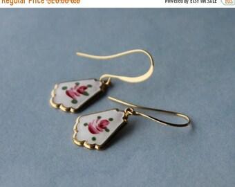 CLOSING SALE Vintage Guilloche Enamel Charms earrings, fan shape, rose.