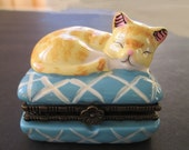 Trinket Box * Cat On Cushion * Mouse In Box * Cat Decor * Gift For Lady * Stocking Stuffer
