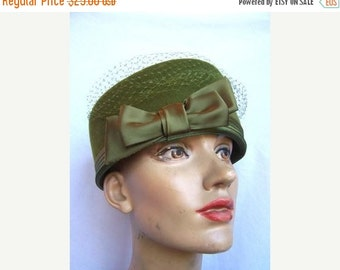 SALE Vintage Olive Green Wool Pillbox Hat by HENRY POLLAK