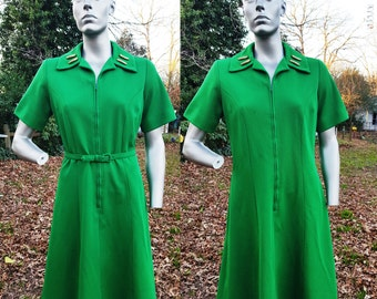 30% OFF 60s Dress in Green, Vintage Dress, 60s Costume, Double Knit Dress, Green Dress by Mize Modes Size 14