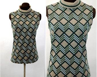 1960s top turtleneck sweater shell sleeveless geometric chevron knit blouse Size M/L