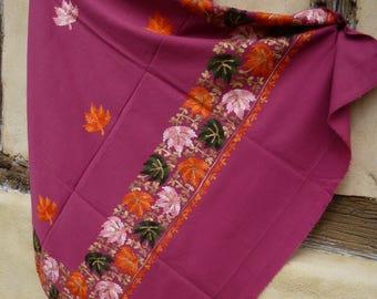 "Gorgeous  Embroidered Pashmina. 100%  wool shawl/stole. Pink. 84 x 40"". Kashmir. 214 x 102 cm"