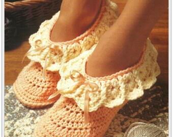 Easy Crochet Slipper Pattern - Pattern 14861504 - 3 sizes for Women