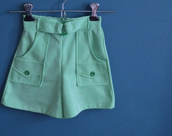 Vintage Girl's Green and White Striped Skort - Size 5