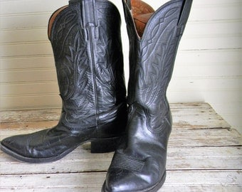 Vintage Cowboy Boots, Black Leather Boots, 1980s 1990s NOCONA Boots, Womens 8.5 Western Boots, Cowgirl Boots, Riding Boots, Vinatge Leather