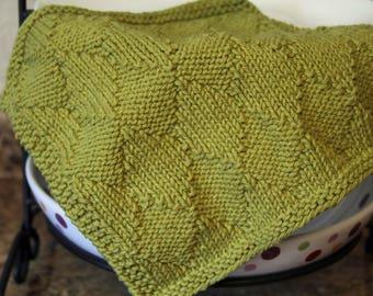 Knitting Pattern, Knitted Dishcloth, Knit Pattern, Diamonds are a Girls Best Friend