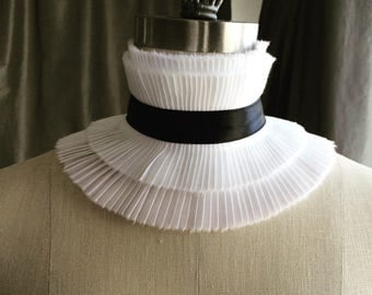 Couture choker ruff/Ruffle choker/Choker/Fashion choker/Collar choker/High neck choker/