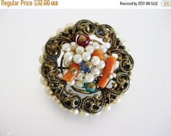 ON SALE Pretty Vintage Deco Era Wired Faux Pearl, Coral and Glass Brooch Pin