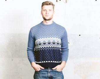 80s Men PATTERNED Sweater . Vintage 1970s Nordic Norwegian Scandinavian Blue Aztec Geometric Boyfriend Gift Jumper . size Small