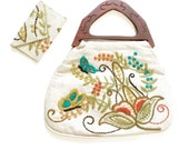 Vintage Crewel Embroidered Bermuda BAg  with Wallet