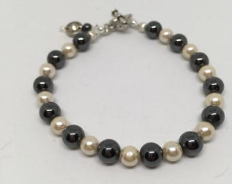 Glass Beaded Bracelet 7.5in