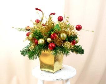 Christmas Centerpiece, Gold Centerpiece, Holiday Centerpiece, Christmas Floral Arrangement, Red and Gold Decor, Christmas Decoration