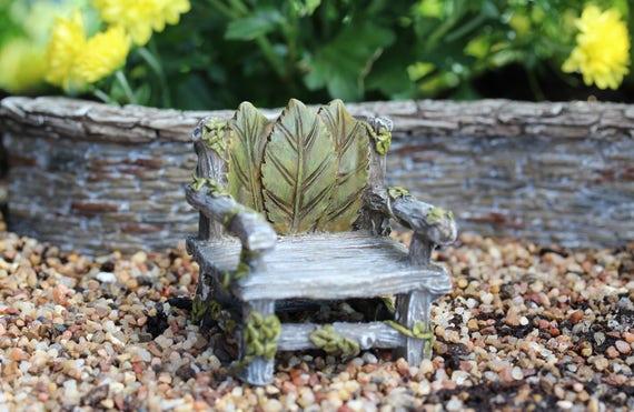 Ivy Chair 2.25″ Tall | 2″ Wide | 2″ Deep