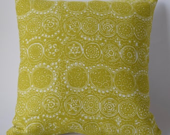 """Marimekko Decorative Throw Pillow. Handmade. Double-sided: Pralini and Solid Off White. Upholstery weight. 16""""x16"""" (40cm)"""