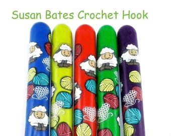 Crochet Hook, Polymer Clay Covered Susan Bates Crochet Hook, Crochet Hook Sizes B-N, Custom Crochet Hook, Sheep Yarn, Ergonomic Crochet Hook