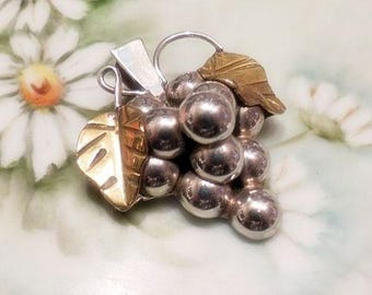 GRAPE Pin Brooch Pendant Sterling Silver Taxco Vintage Pendant or Brooch Taxco Mexico Grape Cluster Pin for Necklace Fruit