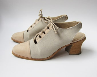 Vintage 1990s Shoes / Nine West Nubuck and Linen Lace-Up Heels Shoes / Size 6 Women