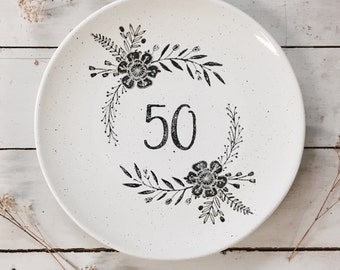 1013mon Hand Painted Personalized 50th Wedding Anniversary Year Platter, Ceramic Anniversary Wedding Platter, Personalized Gift for Couples