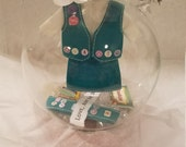 Girl Scout troop leader globes