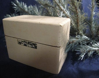 RECIPE BOX vintage retro painted white hinged dove tail