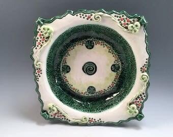 Irish pottery bowl/Irish gifts/celtic bowl/sant patricks day/bowl/serving dish/shamrocks/celtic knots/kelly green/kiss me I'm Irish