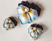 Enamel Pansy Brooch Earrings Demi Parure – 1960s Costume Jewelry