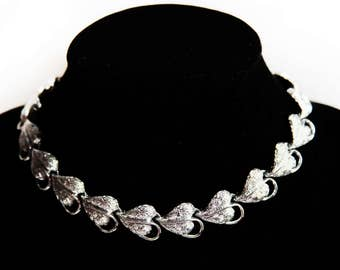 Vintage Coro SIlver Leaf Necklace Choker ~ Vintage Costume Jewelry ~ Vintage Estate Jewelry ~ Adjustable Necklace