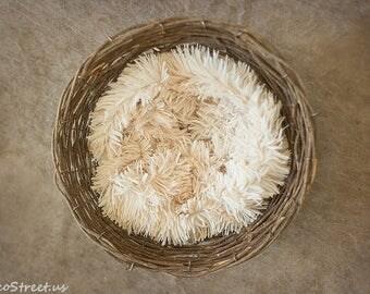 Small Basket Stuffer, Baby Nest, Baby Cocoon, Cream Cocoon, Baby photo prop, Newborn Props, Basket Filler, Baby Wrap, Pink Faux Fur
