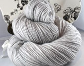 Handspun Yarn Gently Thick and Thin DK Single Falkland 'Pearl' OOAK