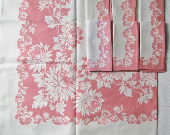 Vintage Pink Pink Flower Square Tablecloth, 6 Matching Napkins, Mid Century, 1950s