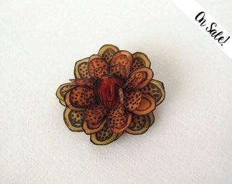 Hand painted silk flower hair snap pin - orange and brown - orange hair snap clip - ***Item on sale*** Previous price : 13 EUR