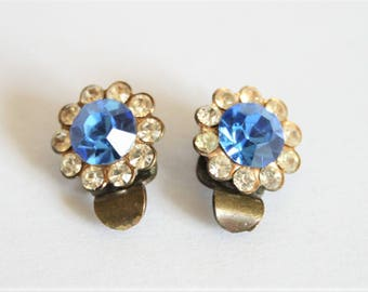 Vintage blue crystal earrings. Very small earrings.  Clip on earrings
