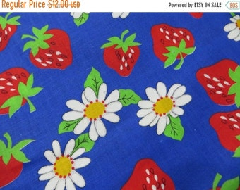 ON SALE Vintage Retro Strawberry Fabric-New from Bolt-Unused-Unwashed-1970's-BTY