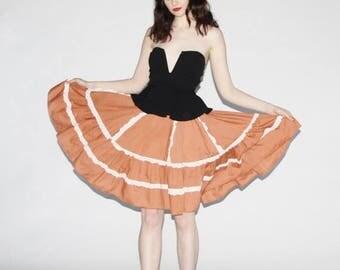 On SALE 40% Off - Vintage 1970s Skirt - 70s Prairie Skirt - 1970s Prairie Skirt -  The Sunflower Fields Skirt - 10043