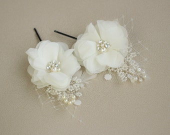 Ivory Bridal hair flower pins Bridal hair flower Bridal fascinator Bridal hair accessories