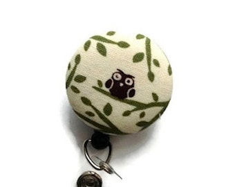 Owl Retractable Badge Holder/Woodland Badge Reel/ID Badge Holder/Badge Reel/Retractable Lanyard/Teacher Badge Reel/Swivel Id Reel/Cream