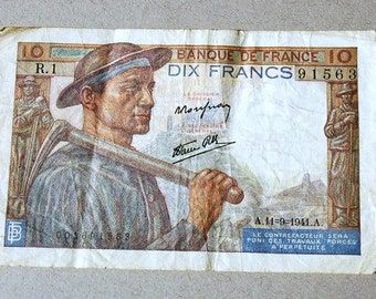 Vintage French banknote Ten franc banknote 1941 Banc de France Bank of France French paper money Dix franc Photography Prop Collage Work
