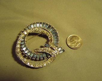 Vintage Ledo Signed Crystal & Light Blue Rhinestone Double Wreath Pin Brooch Rhodium Plated 9165