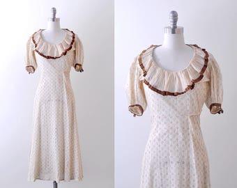 1930 eyelet dress. cream lace. 30's ruffled dress. maxi. s. brown.