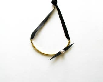 Leather Necklace-Collar Necklace-Modern Jewellery-Handcrafted Jewelry-Gold Collar Necklace-Metal Choker-Curved Tube-Pearl Statement Necklace