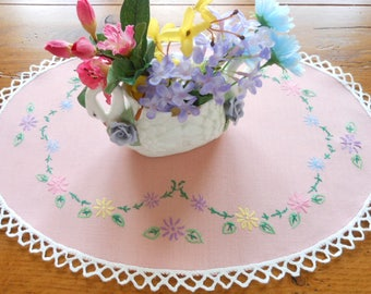 Pretty Oval Hand Embroidered Vintage Doily