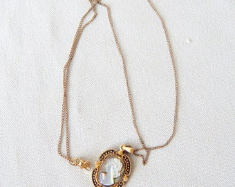 """Vintage Shell Cameo Necklace, Set in 12 K G.F. 17"""" G.F. Chain"""