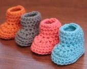 CROCHET PATTERN- Crochet Baby Booties Pattern, Crochet Baby Boots, Crochet Baby Shoes- Instant Digital Download (70)