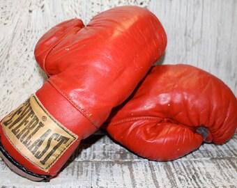 Vintage Everlast Boxing Gloves, Red Boxing Gloves, Man Cave Decor