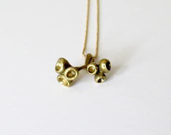 Minimalistic branch pendant, dainty botanical necklace