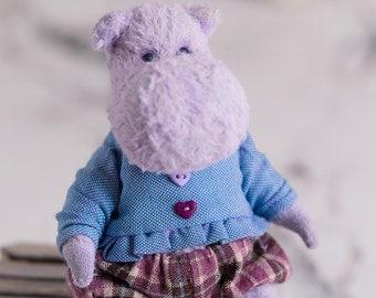 Hippo Derek 5 inch. Teddy hippo. Teddy bear. Artist bears. Stuffed animal. OOAK