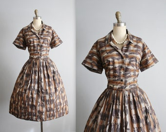 50's Shirtwaist Dress // Vintage 1950's Tassel Print Cotton Shirtwaist Garden Party Dress M L