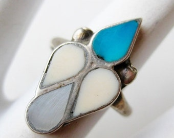 HOLIDAY SALE Vintage Ring Old Native American Navajo Indian Sterling Silver Turquoise Ring size 6 1/2