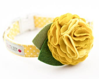 Yellow Dot Dog Collar with Flower