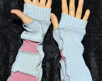 pink and gray arm warmers